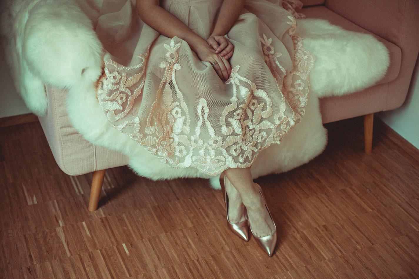 Asos-Rosa-Kleid-Bonbonkleid-Deichmann-Silvie-Meiss-Heels-Rosegold-(5)