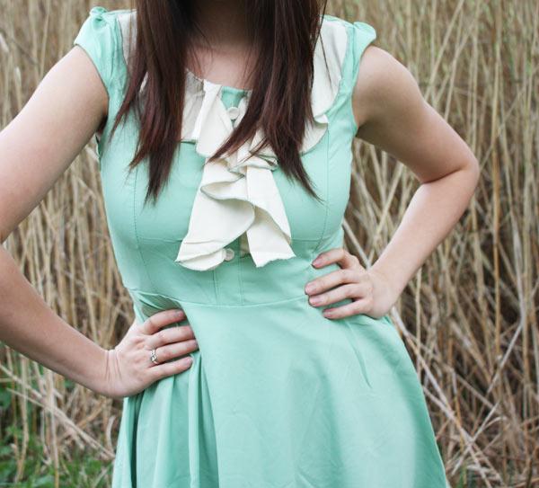 Girly Dress & Coarse Knit