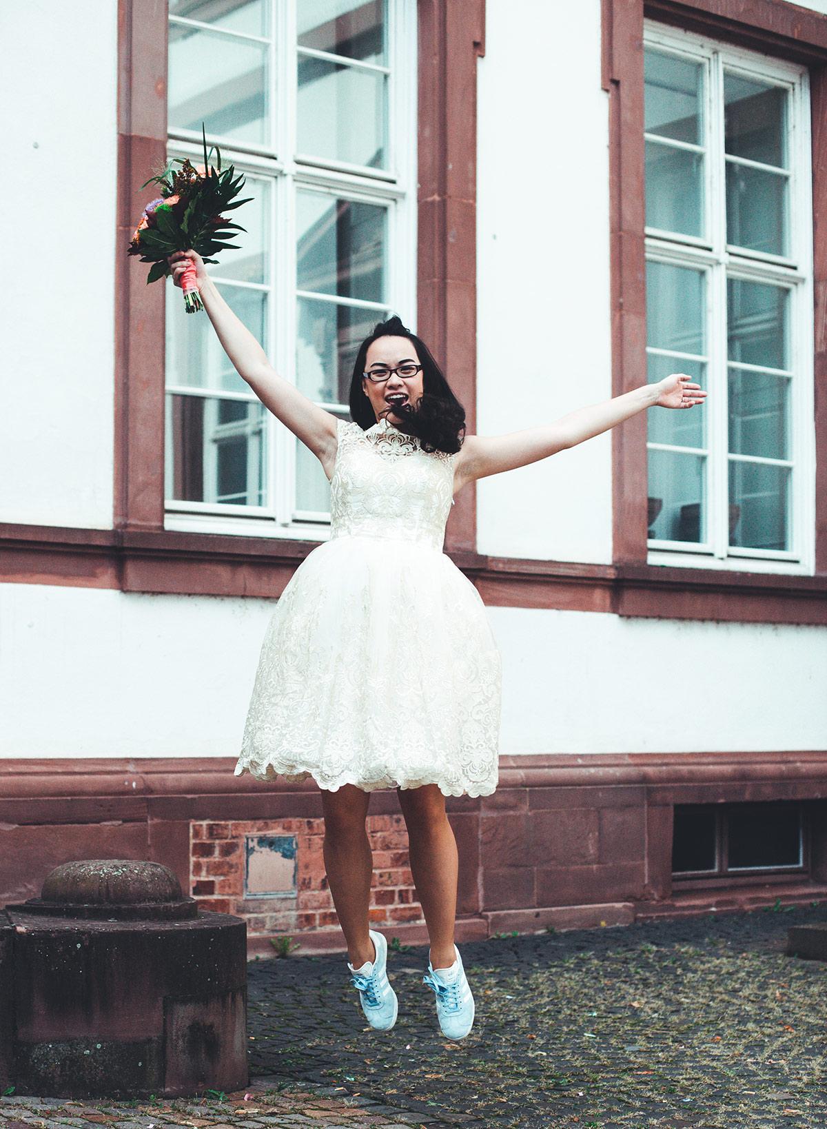 Groß Dressy Hose Passt Für Eine Hochzeit Bilder - Brautkleider Ideen ...