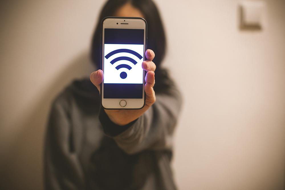 Online Bleiben in Marrakesch