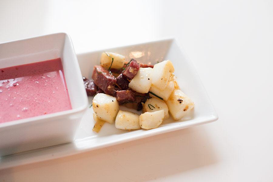 rote beete suppe mit tintenfisch (1)